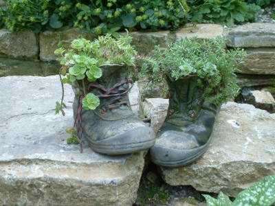 Einen Schuh bepflanzen Ideen Garten Hingucker