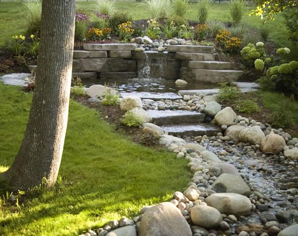 5 ideen für einen wasserfall im garten, Garten Ideen