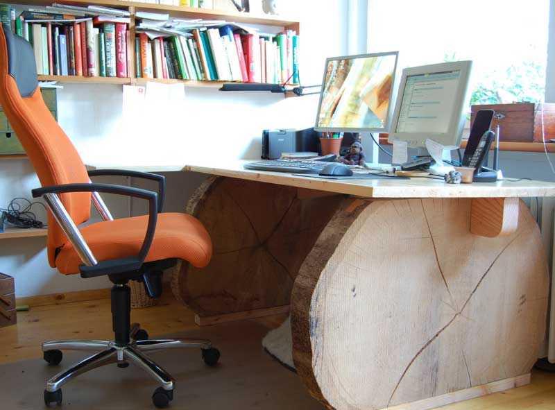 Schreibtisch aus Baumscheiben