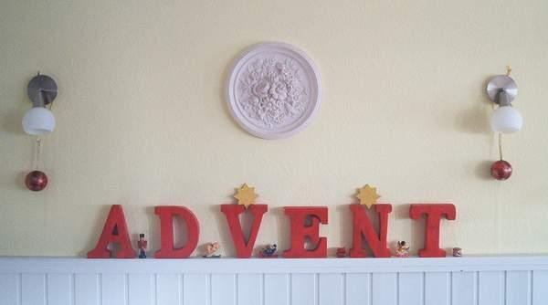 Holzbuchstaben- Advent