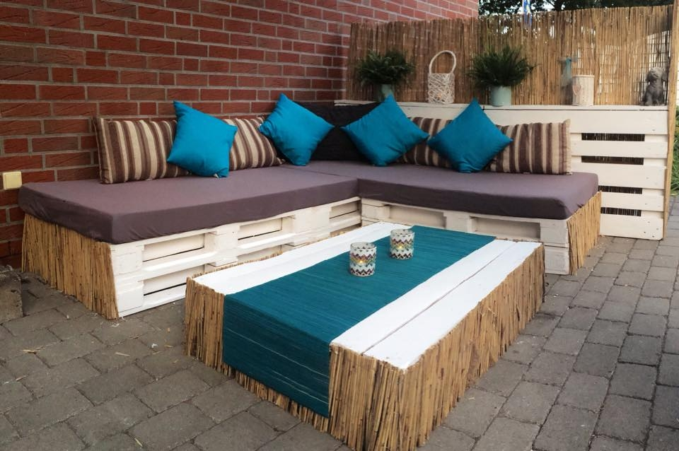 Bauidee paletten outdoor lounges blog an na haus und for Europaletten lounge bauen