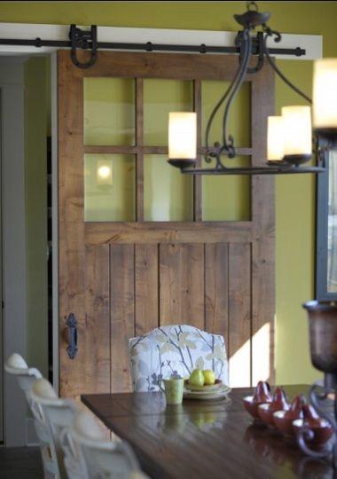 Schiebetür holz rustikal mit glas  Bauidee: Schiebetüren als Gestaltungselemente