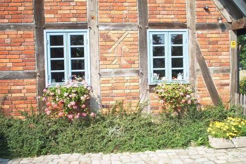 Alte Mauerziegel im Fachwerkhaus