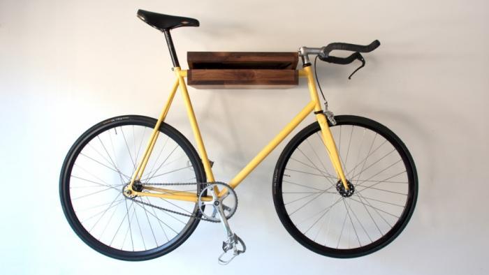 Fahrradhalter aus Holz