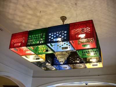 Lampe aus Bierkästen