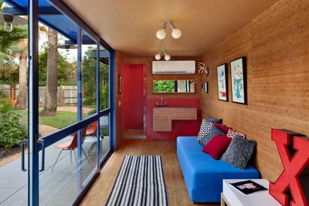 Gästehaus aus Überseecontainer gebaut- Innenansicht