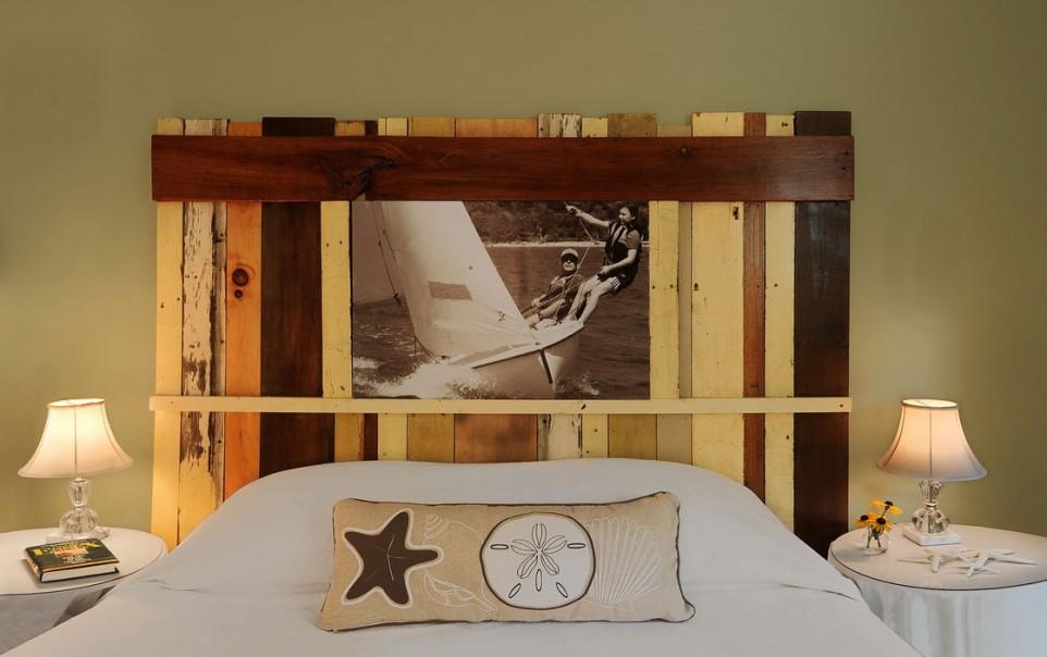 Holzkopfteil aus alten Brettern