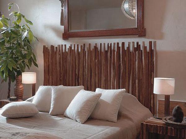 Holzkopfteil aus getrockneten Baumstämmchen
