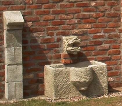 alte Mauerziegel und historische Replikate