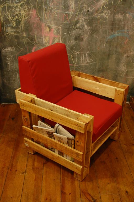 Diy wohnzimmer aus paletten blog an na haus und gartenblog - Sillones con palets reciclados ...