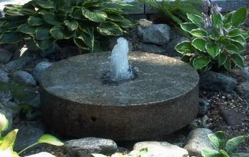Granitsteinbrunnen