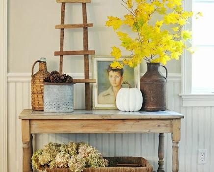 Herbstlich geschückter Tisch