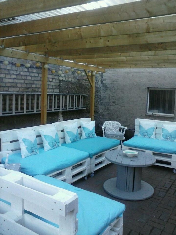 bauidee paletten outdoor lounges blog an na haus und gartenblog. Black Bedroom Furniture Sets. Home Design Ideas