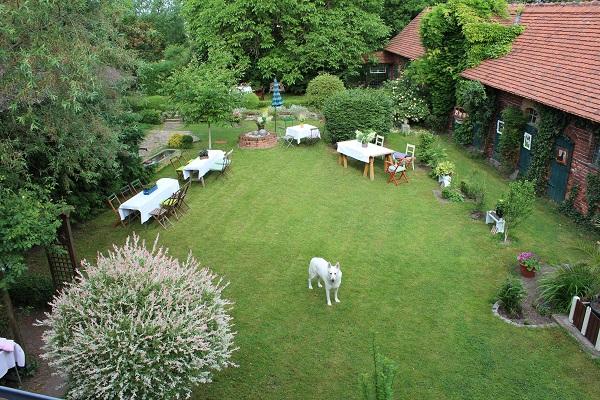 Gartenparty - Tische