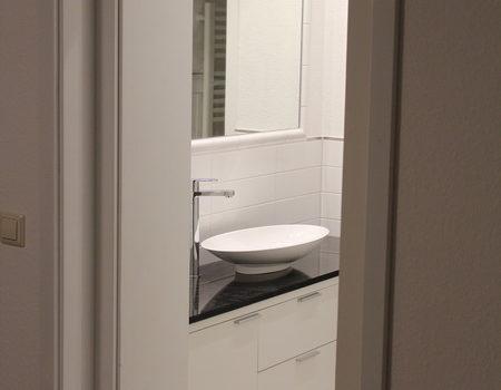 Bad Vorraum mit Waschtisch