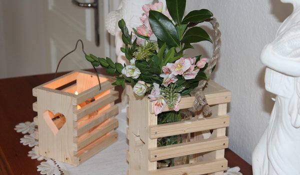 Holzkorb - Windlicht aus Holz