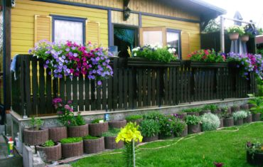 Gartenlaube aus Containerselbst gebaut